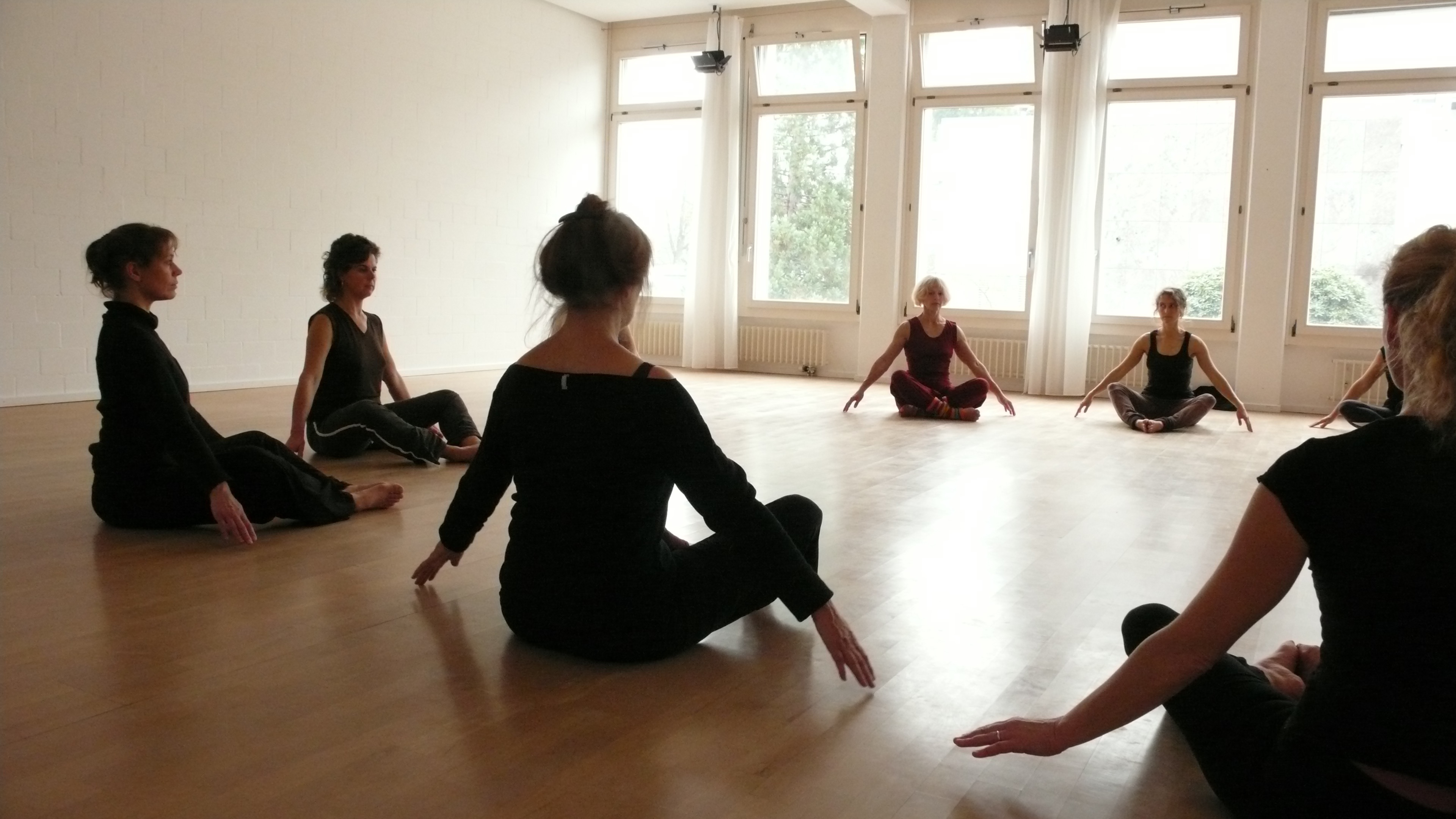 ausbildung-tanz-bewegung-schweiz